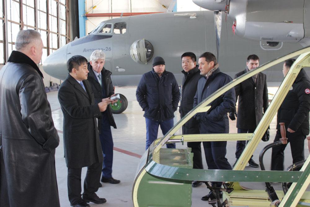 """На ГП """"Завод 410 ГА"""" проведены переговоры о сотрудничестве с представителями деловых кругов Китая"""