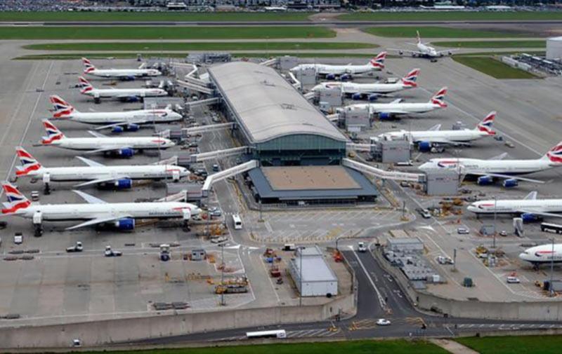 Аэропорт Хитроу восстановил работу