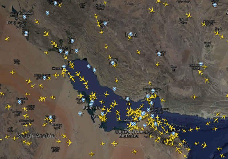 Разные авиакомпании изменяют маршруты из-за напряженности на Ближнем Востоке