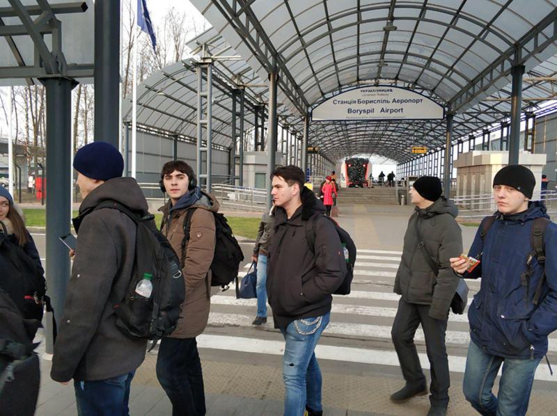 Группа студентов ХНУРЭ посетила ООО УкрЭйр
