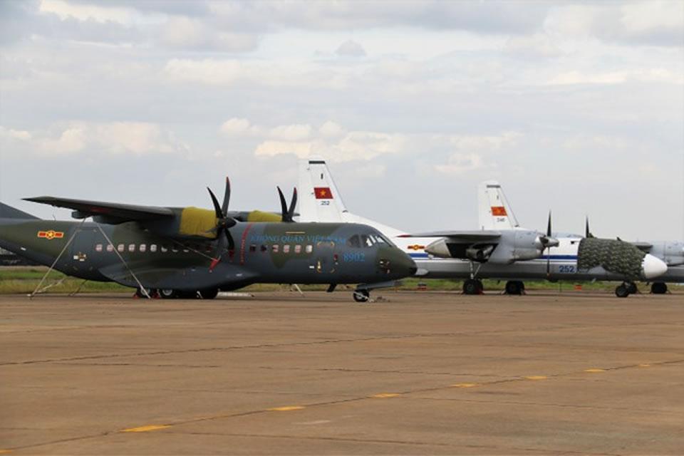 Самолет 918-й бригады Casa-295 взял на себя военно-транспортное дежурство вместо Ан-26