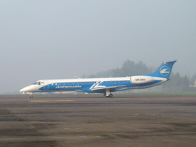 Львовский аэропорт теперь будет принимать небольшие самолеты