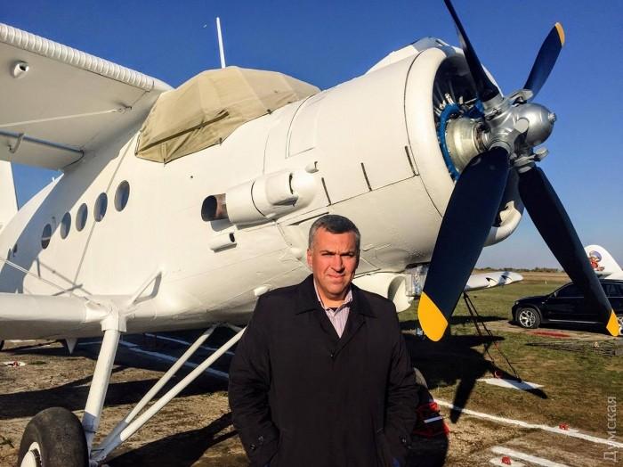 Новая авиакомпания: одесский авиатор отреставрировал кукурузник, чтобы доставлять туристов в украинскую глубинку