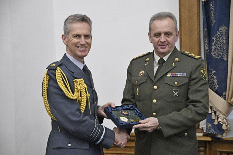Украина и Британия продолжат сотрудничество в военной авиации