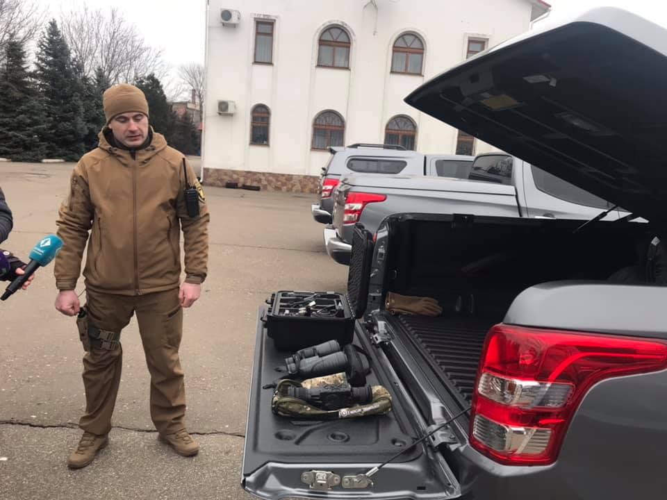 Отряд вооруженной охраны Одесской железной дороги получил семь внедорожников в комплекте с дронами