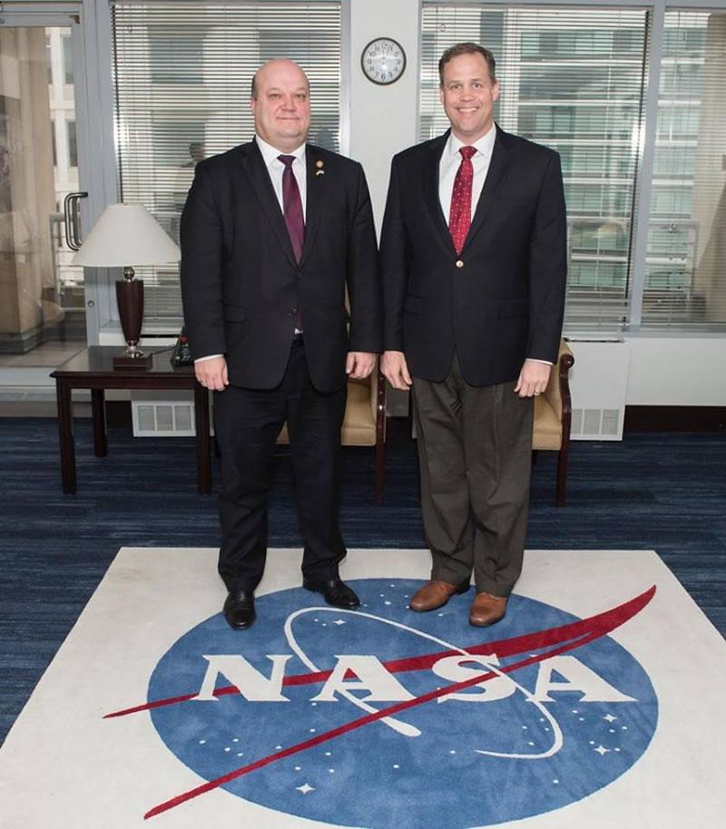 Посол Украины встретился с руководителем NASA