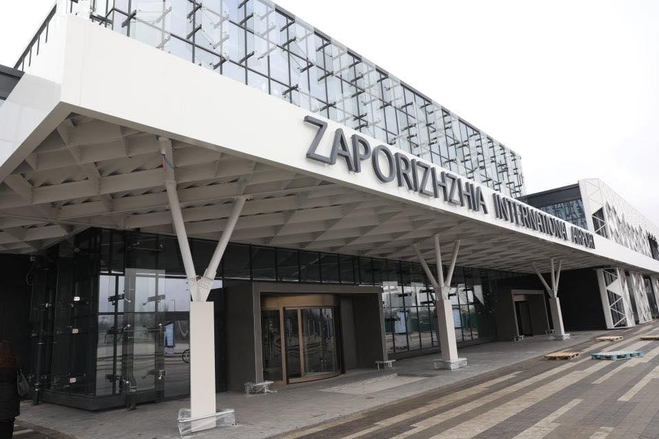 """В январе пассажиропоток аэропорта """"Запорожье"""" вырос на 40%"""