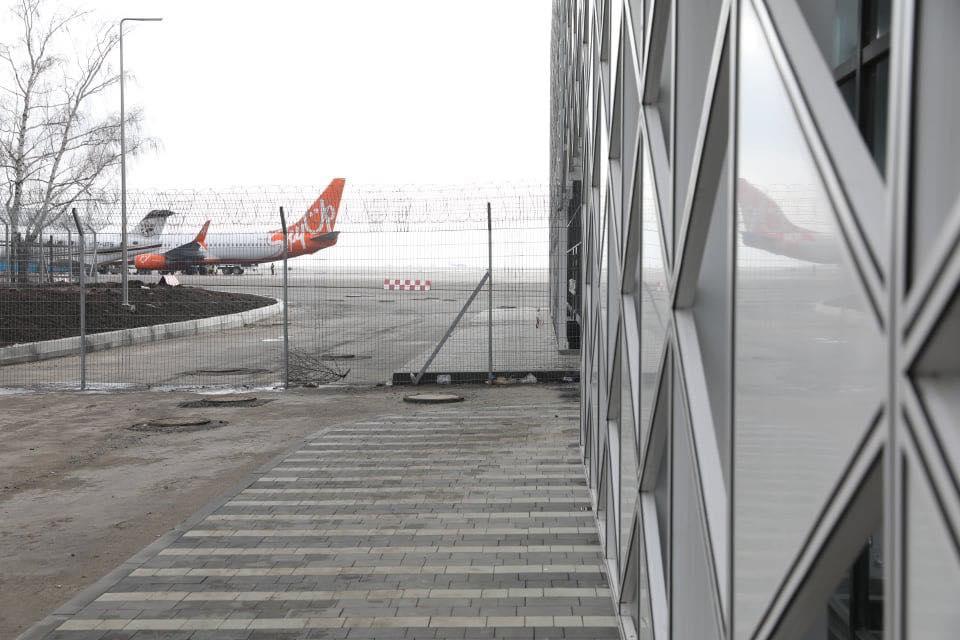 """В аэропорту """"Запорожье"""" оборудовали карантинную стоянку для самолетов"""