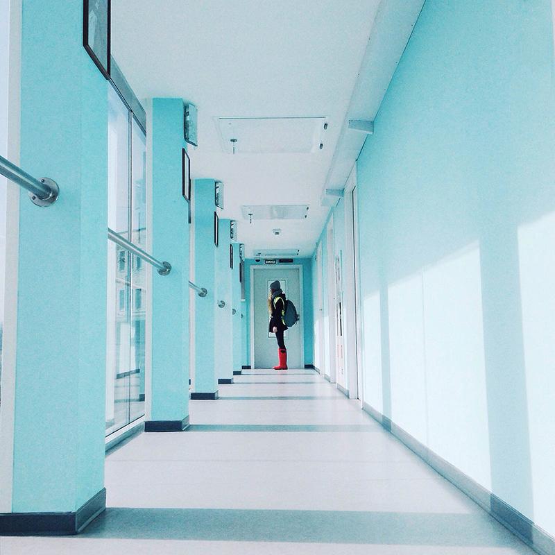 Мартовский инстамит в аэропорту «Киев» с концепцией «empty»