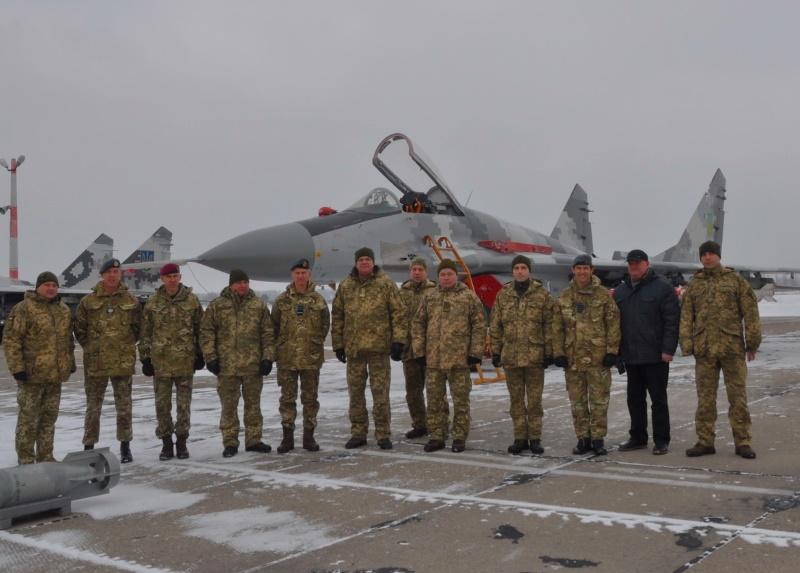 Командующий ВВС Великобритании посетил бригаду тактической авиации ВК «Центр»