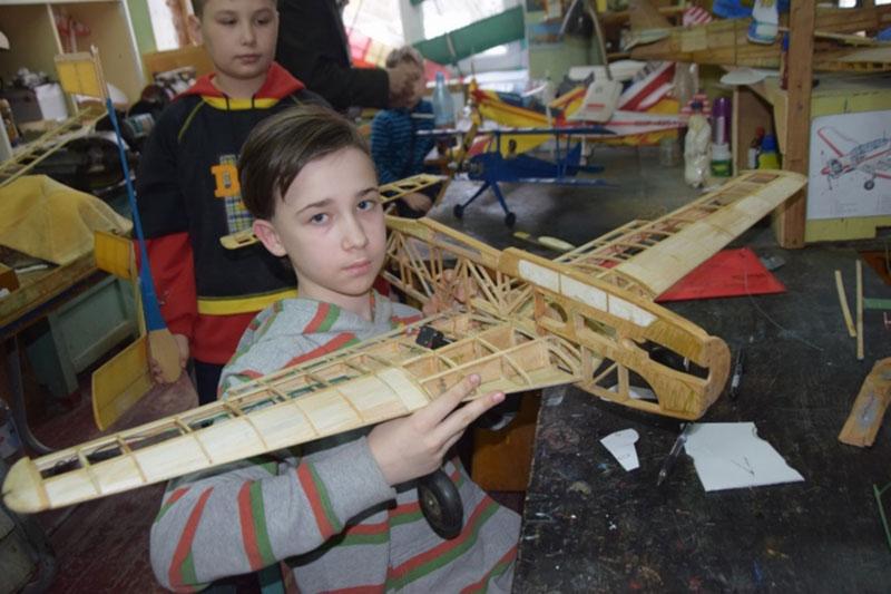 В Краматорске обучают будущих авиаконструкторов