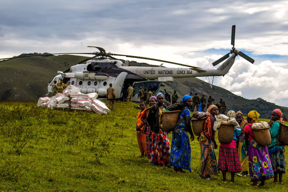 Украинские миротворцы в Конго наладили доставку грузов в отдаленные лагеря
