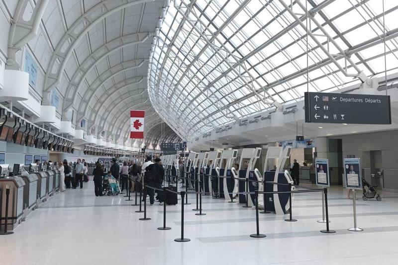 Аэропорт Торонто начал писать Kyiv вместо Kiev