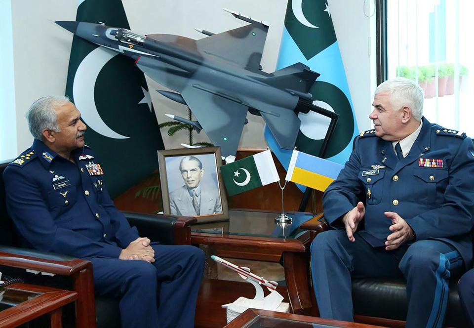 Командующий Воздушных Сил ВСУ посетил штаб ВВС Пакистана