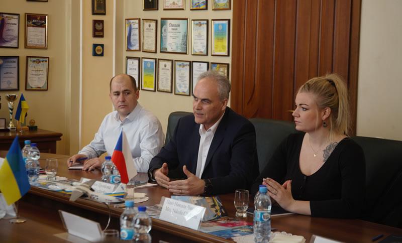 Студенты НАУ будут получать лицензию EASA CPL в чешской летной школе