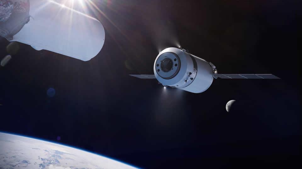 SpaceX будет доставлять грузы к Луне