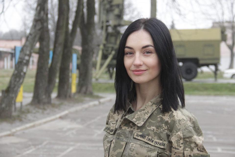 Сопровождаем до пятидесяти целей в воздухе каждую секунду - помощник оперативного дежурного  Калиновская