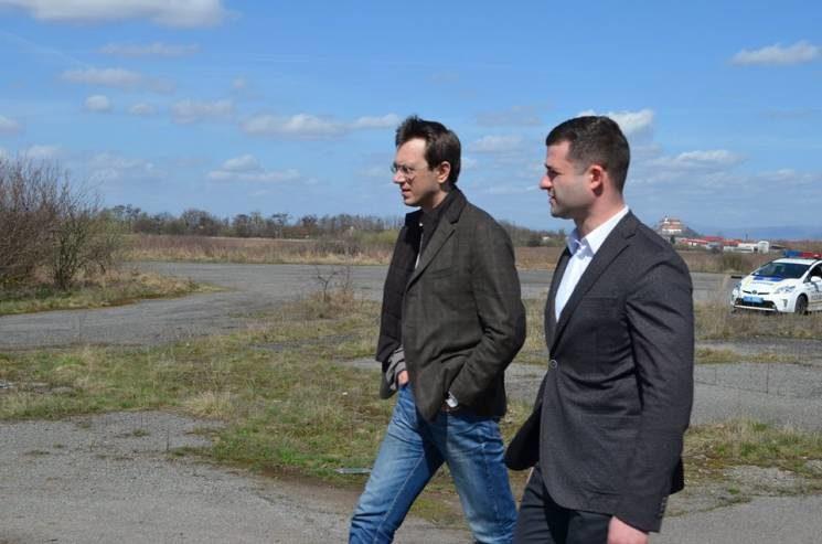 Омелян анонсировал новые аэропорты в Украине