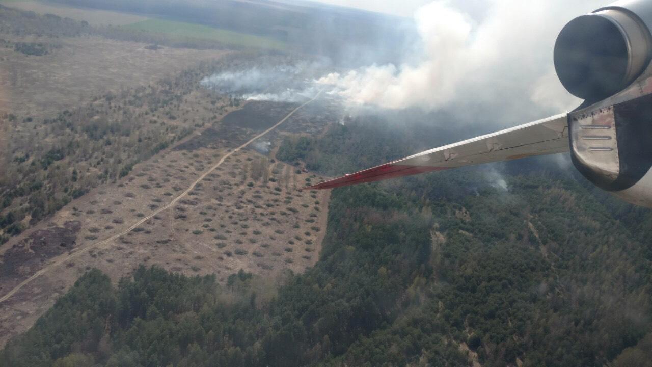 Авиация тушила пожар в Черниговском районе
