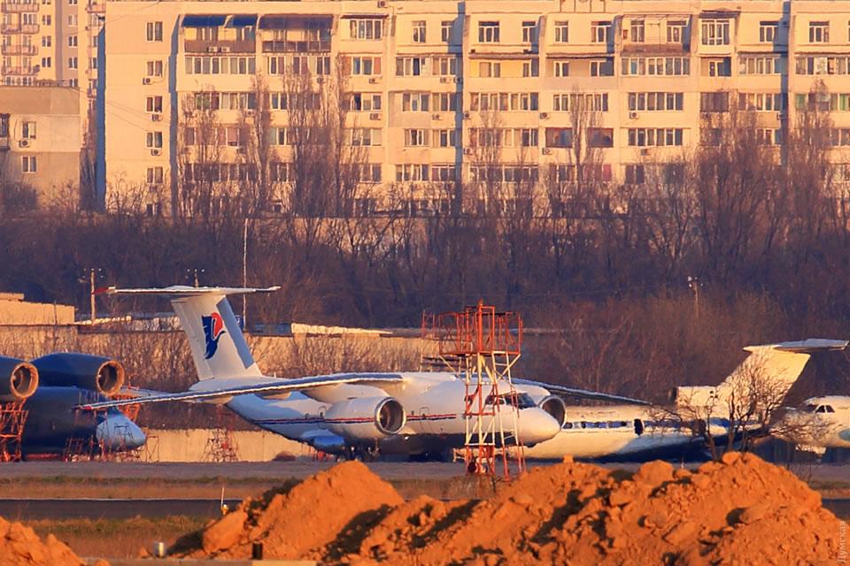 Самолет Каддафи ремонтируют в Одессе