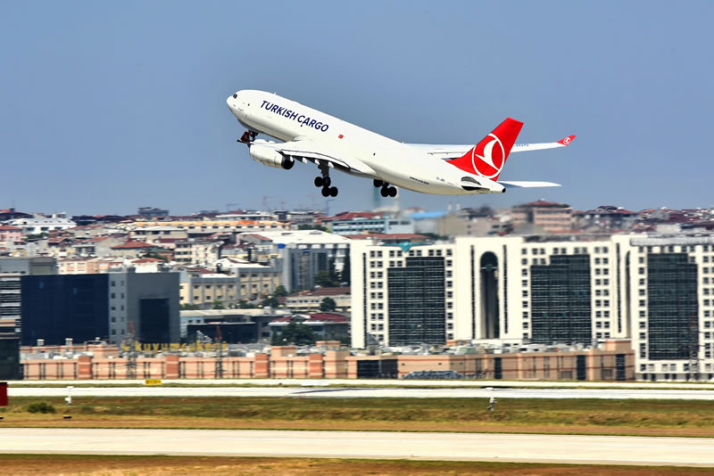 Turkish Cargo продолжает расти в условиях сокращающегося рынка воздушных грузоперевозок
