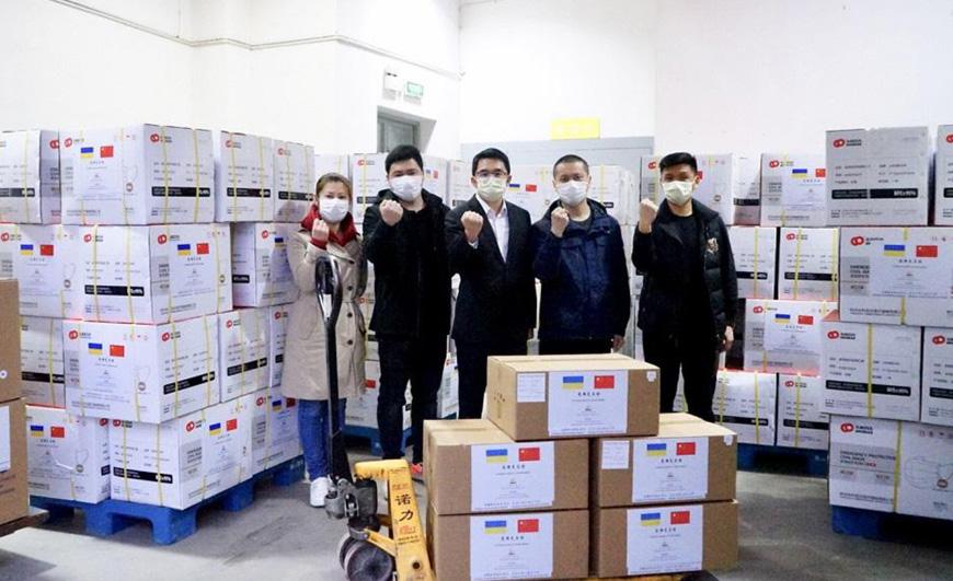 НАУ получит гуманитарную помощь от китайских коллег