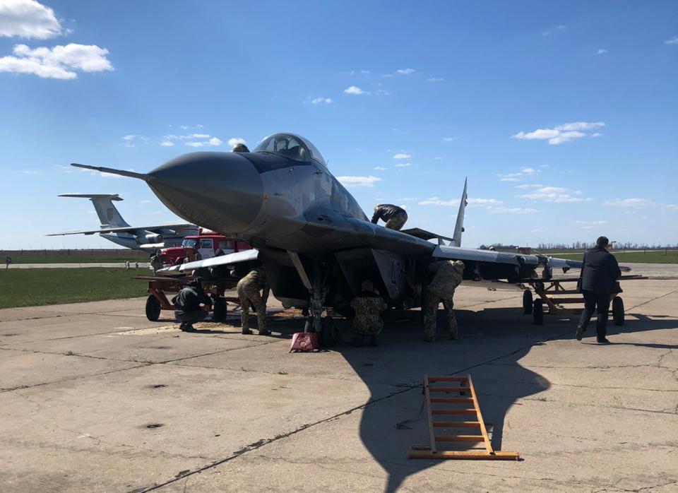 ГБР расследует аварийную посадку Миг-29 в Мелитополе
