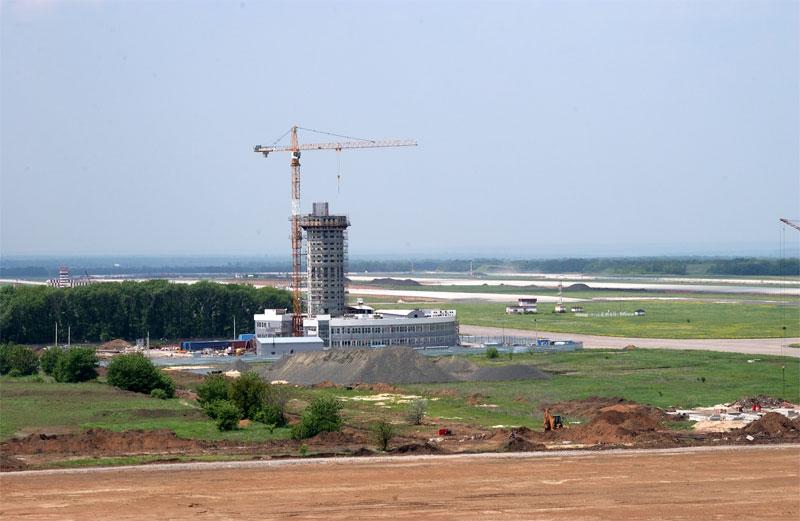Терминал донецкого аэропорта обещают открыть 20 декабря