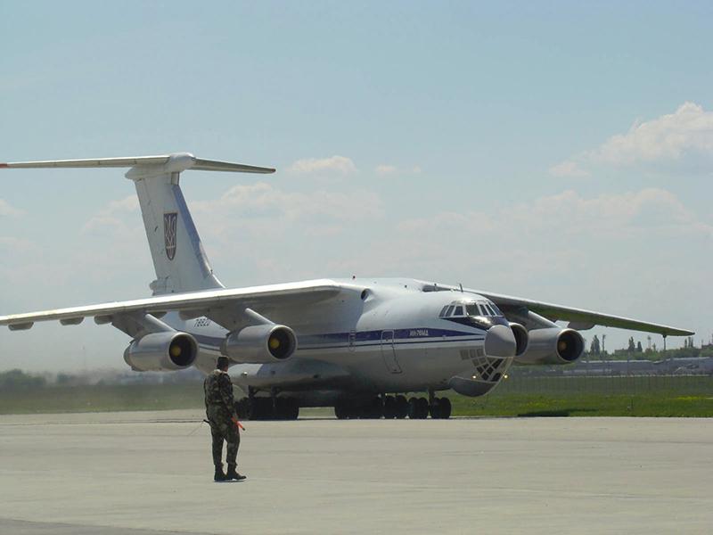 Командование ВС ВСУ объявило тендер на ремонт 12 двигателей для Ил-76МД
