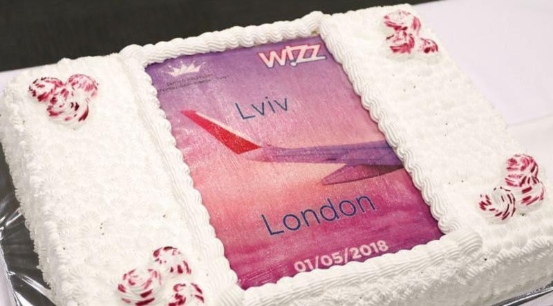 Wizz Air снова соединил Лондон и Львов