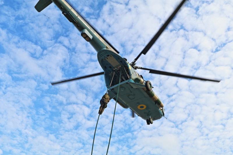 Система безпарашютного десантирования «Канат-1» заменит «Адаптер» на вертолетах Ми-8Т