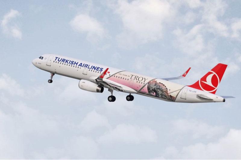 Turkish Airlines  украсила один из своих самолетов A321 изображением Троянского коня