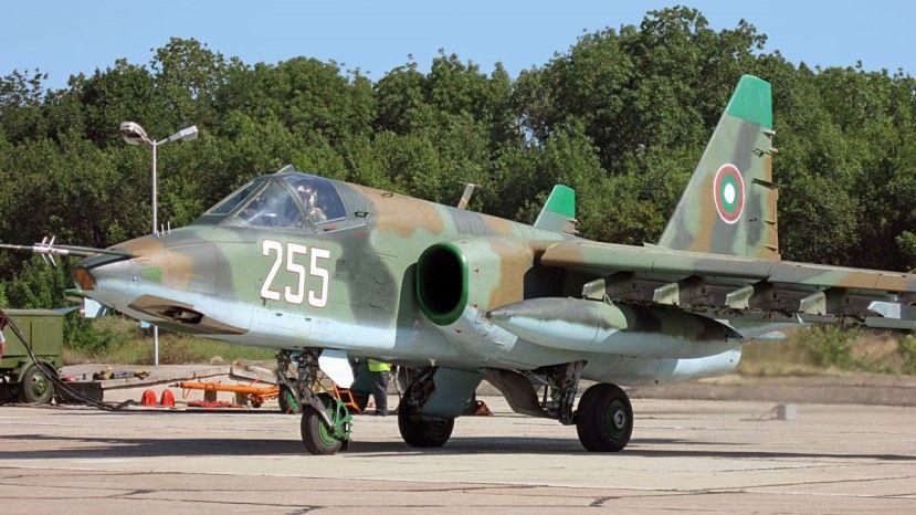 Болгария не может отремонтировать Су-25 в Беларуси