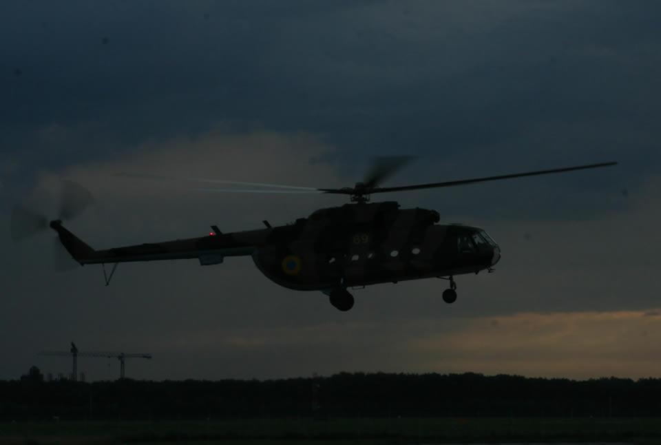 Летчики бригады транспортной авиации отработали выполнение боевых задач в сложных метеоусловиях днем и ночью