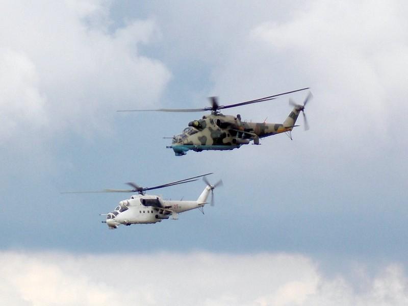 40 полетов осуществили украинские военные вертолетчики  в Либерии во время учебно-тренировочной летной смены «день-ночь»