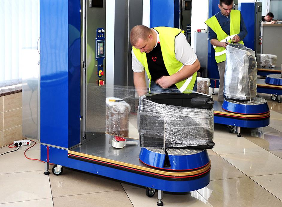 """Краж багажа в """"Борисполе"""" стало меньше, но чемоданы лучше упаковывать."""