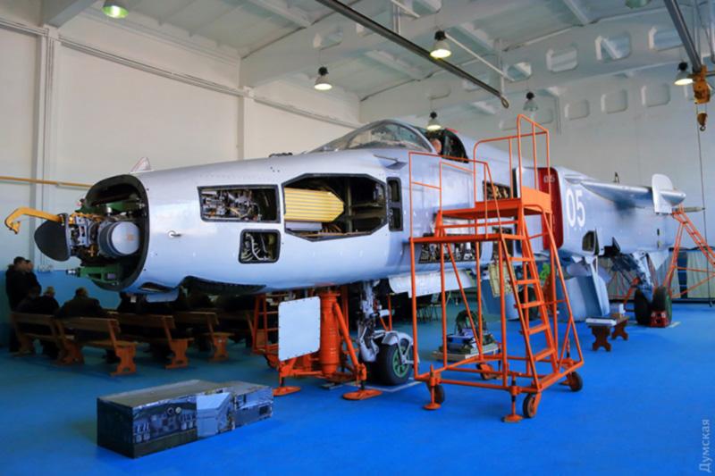 Одесский авиазавод готов модернизировать самолеты Су-24МР