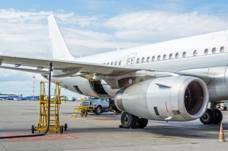 Суд подтвердил штраф одному из главных поставщиков авиатоплива в Украине