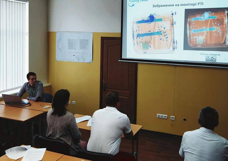"""Учебный центр """"Мастер-Авиа"""" обновил сертификат"""
