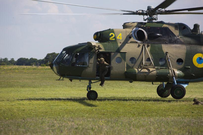 Будущие спецназовцы учились десантироваться «по-штурмовому»