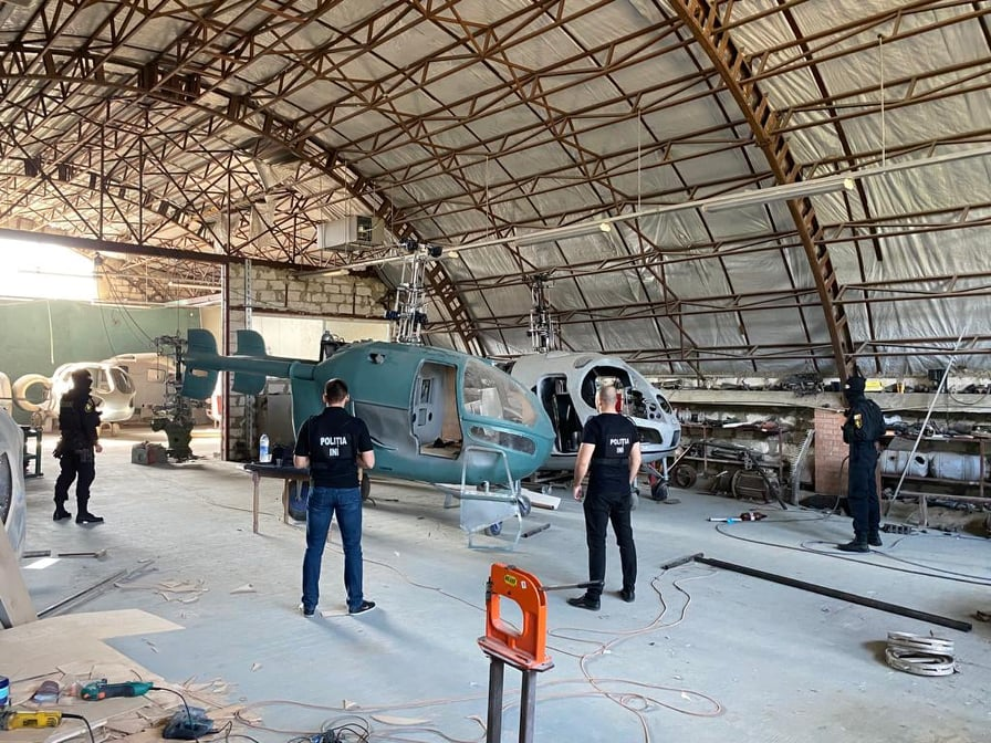 В Молдове обнаружили подпольный вертолетный завод