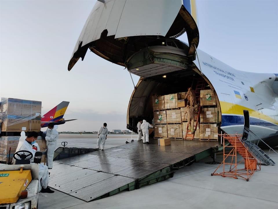 """""""Русланы"""" и """"Мрия"""" перевезли почти тысячу тонн грузов для НАТО"""