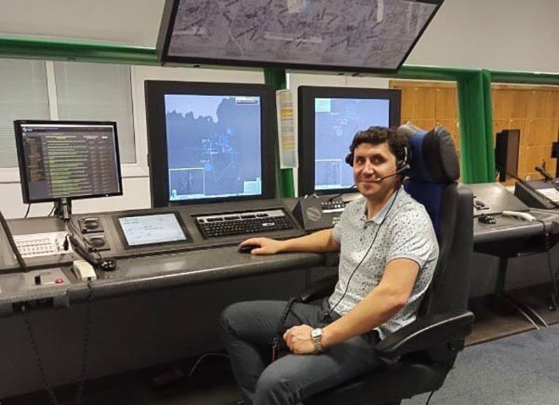 «Работа интересная и постоянно держит тебя в тонусе» - авиадиспетчер Андрей Сурмач