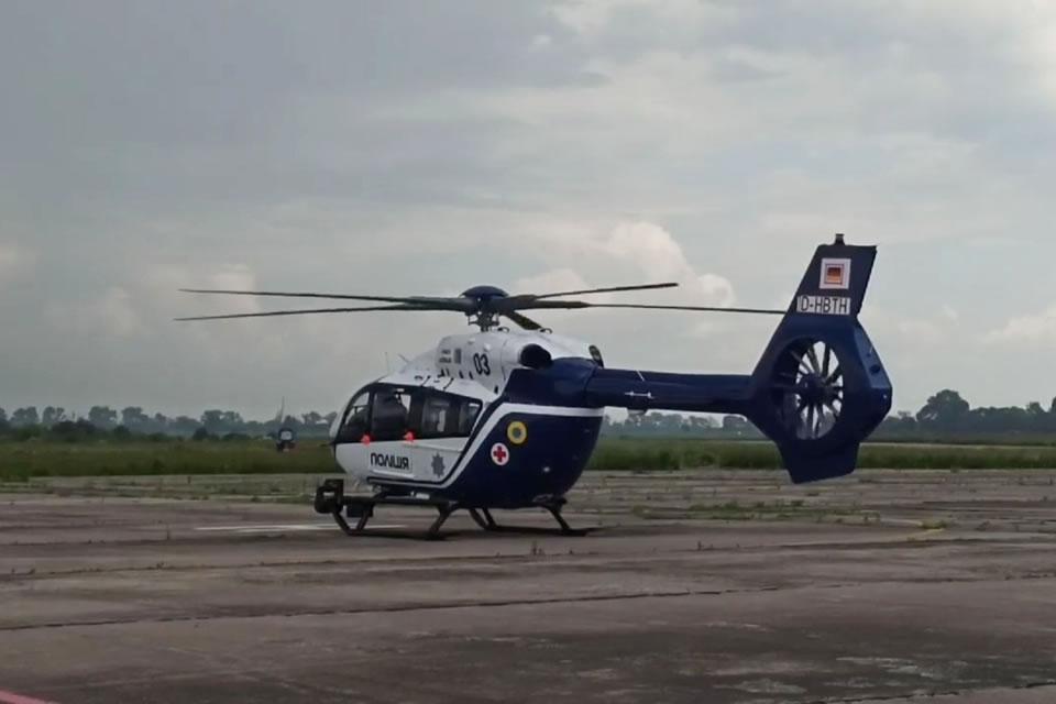 Еще один полицейский вертолет прибыл в Украину