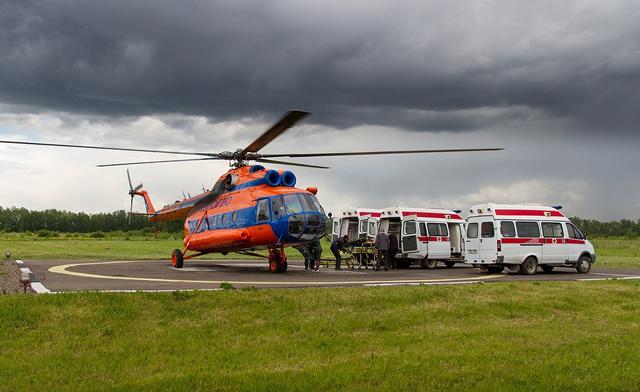 Вертолет санавиации Ми-2