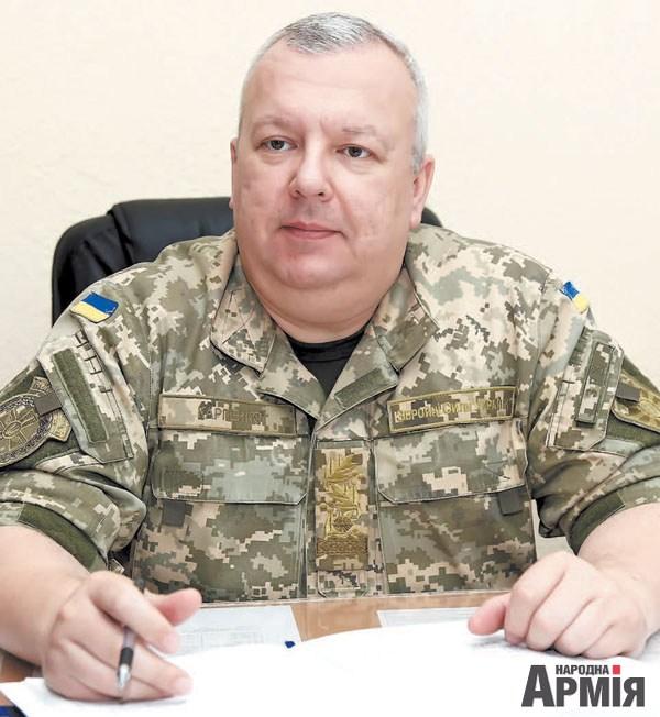 В круглосуточном режиме боевое дежурство несут около 2500 представителей зенитных ракетных войск по всей Украине - генерал-майор Дмитрий Карпенко