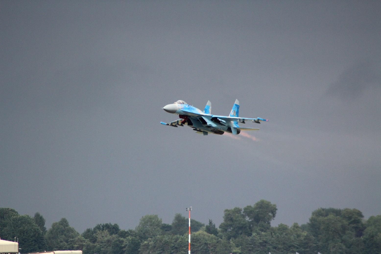 Воздушные силы Украины обновят 10 истребителей Су-27