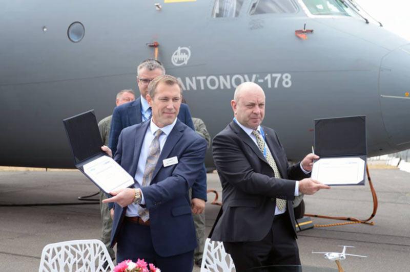 ГП «Антонов» подписал договор с подразделением Boeing о поставках комплектующих