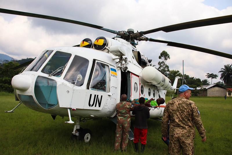 Украинские вертолетчики спасли бойца ВС Конго