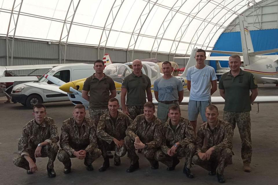 Практика курсантов-летчиков проходит в Майском